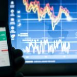 Trading CFDs: Understanding the Risks